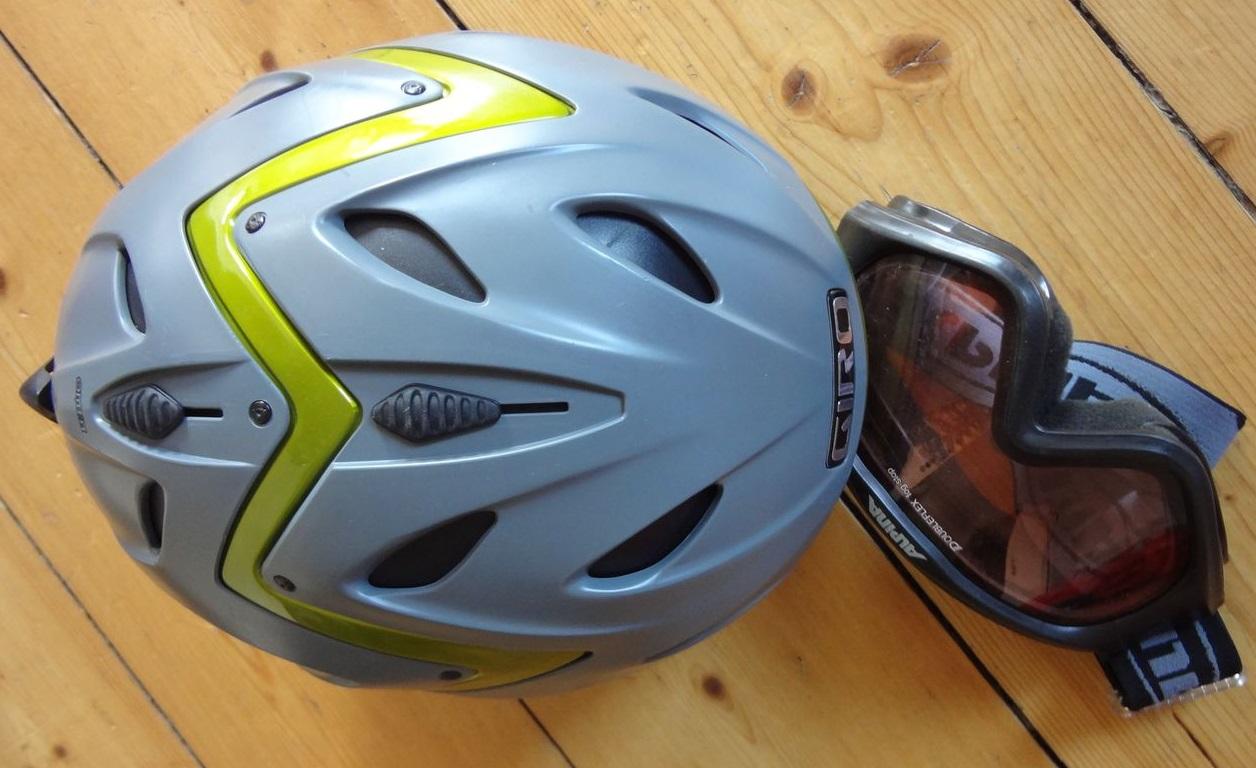 Skihelm Giro & Skibrille Alpina